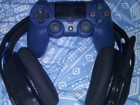 PlayStation Gaming Buddy