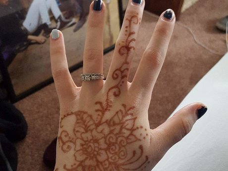 Henna Body Art