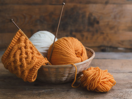 Beginner knitting lesson