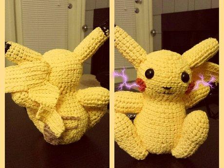 Amigurumi crocheter