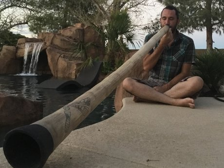 Didgeridoo sound healing