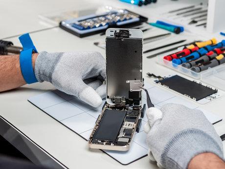 Cellphone/Computer Tech