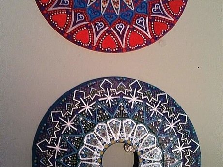 Art -painting done on vinyl record