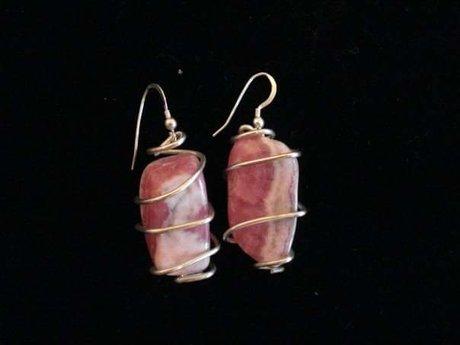 Gemstone wrapping-earrings