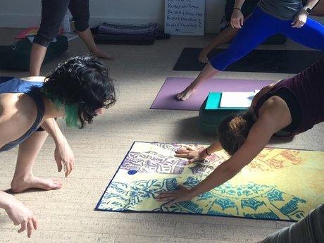 60 min custom yoga session