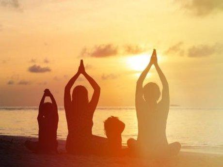 90 min therapeutic yoga session
