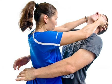 1 hour self-defense session