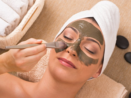 Mud Mask Facial