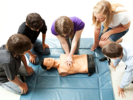 CPR, First aid lessons, medical ast