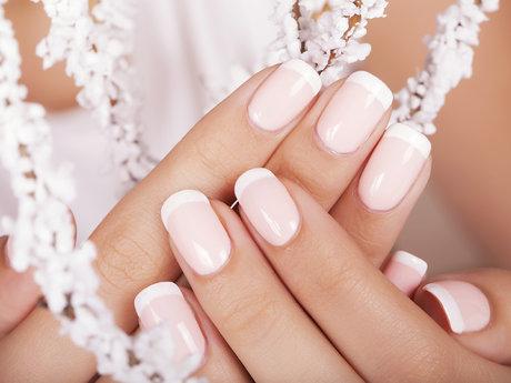 In home Spa manicure (1 hr service)