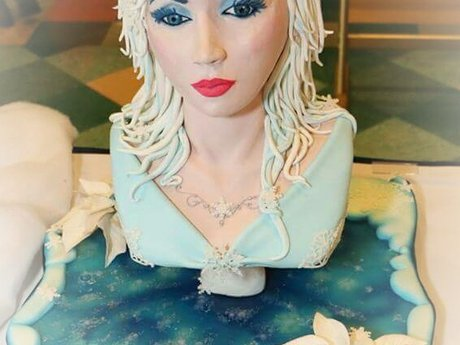 Custom couture and 3D sculpted cake