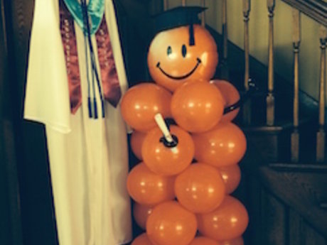 Make You A Balloon Pillar