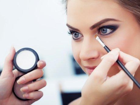 Makeup (formal/avant garde)