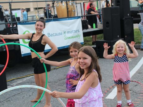 1 hour hula hoop lesson