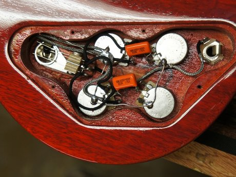 Rewire your electric guitar or bass