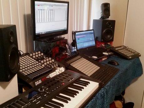 Electronic Songwriting