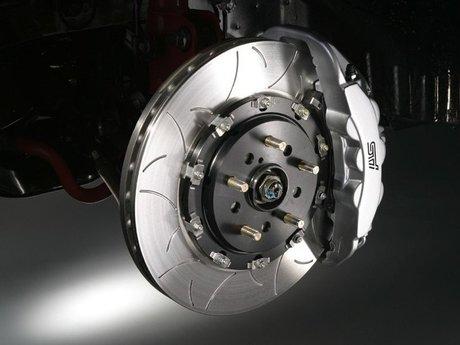 Auto brakes service