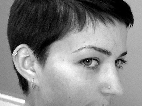 Haircuts (masculine or feminine)