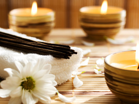 60 minute therapeutic massage sessi