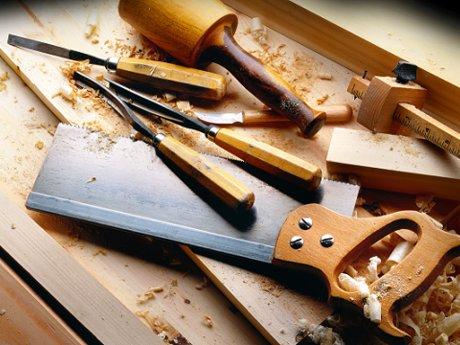 1 hour carpentry and handyman work