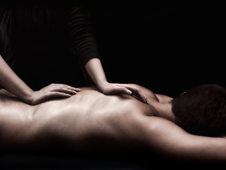 1Hr Swedish or Deep Tissue Massage