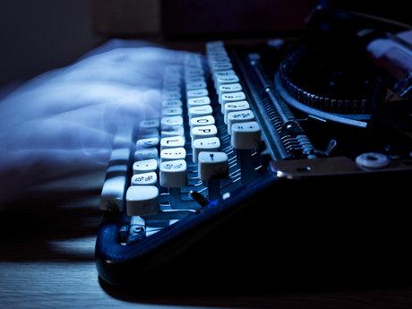 Ghost writer/freelance writer