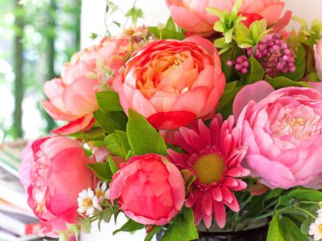 Custom curated floral arrangement