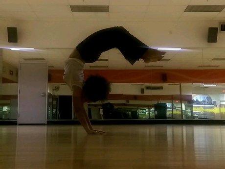 Handstand Help