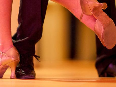 40 min. Partner Dance Lesson