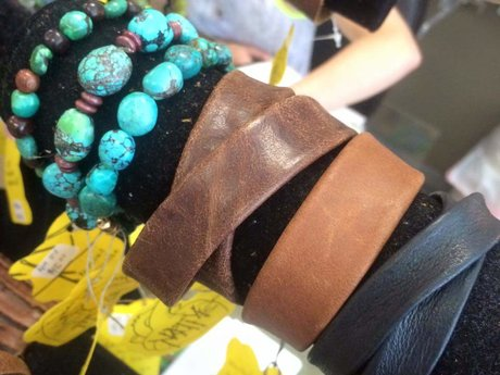 Custom-made Leather bracelet w/snap