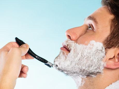 Traditional wet shaving lesson