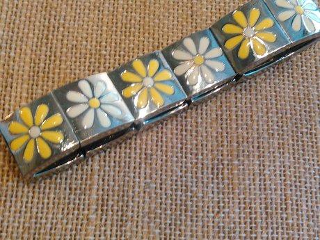 Enamel & Metal Daisy Bracelet
