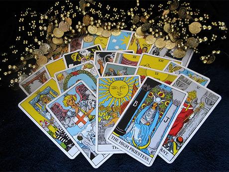 Providing guidance through Tarot