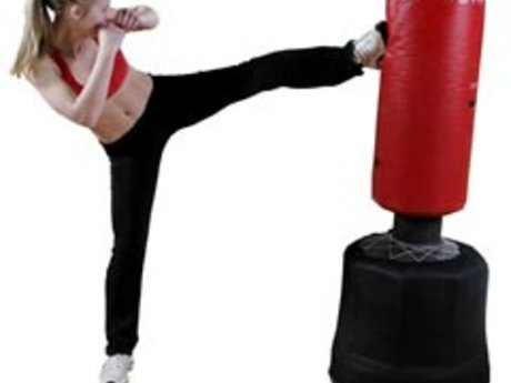 60 mins kickboxing fitness training