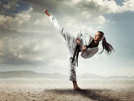 1 - hour basic martial arts trainin
