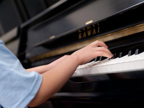Hour piano lesson