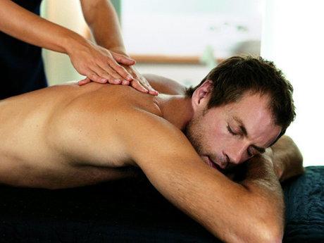 30-min full body Swedish massage