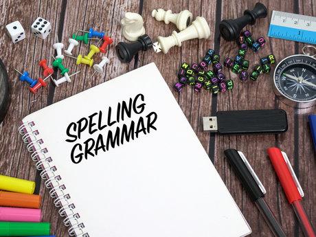 Proofreader : spelling and grammar