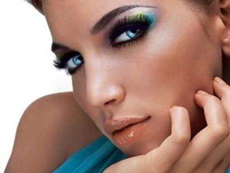 Professional makeup instruction