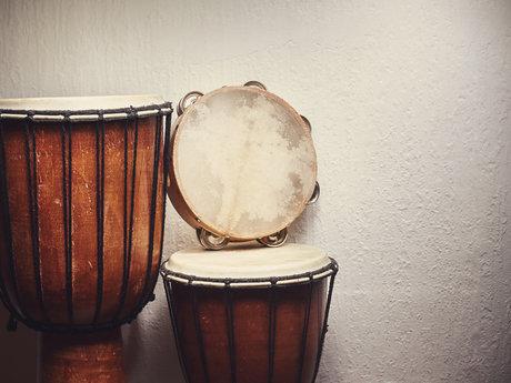 Teach You Djembe! Hand Drumming