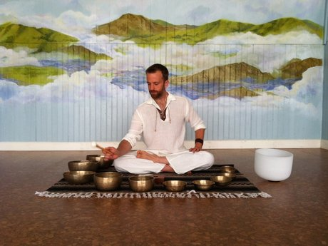 1 hour Sound Healing session