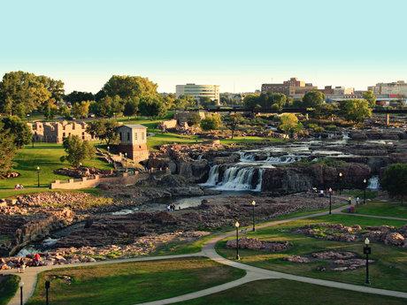 Sioux Falls Tour Guide