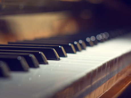 Not-your-grandma's Piano Lessons