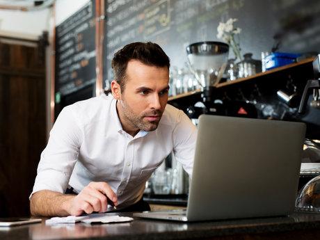 Restaurant management consultant