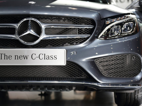 Mercedes Benz automotive repair
