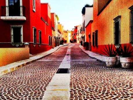 Closed neighborhood San Miguel De..