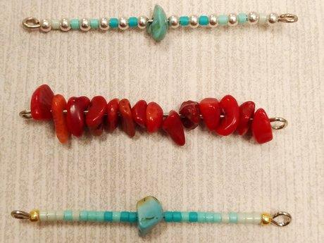Minimalist necklaces and bracelets