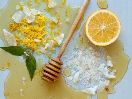 Raw Honey Lemon Bright Sugar Scrub