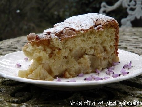 Russian Apple/Pear Cake Recipe