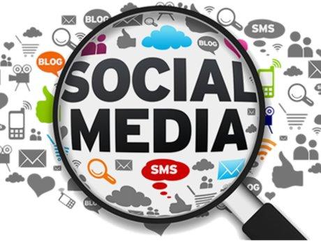 Small Buisness Social Media Manager